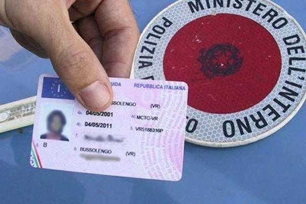 patente ritirata per guida in stato di ebbrezza